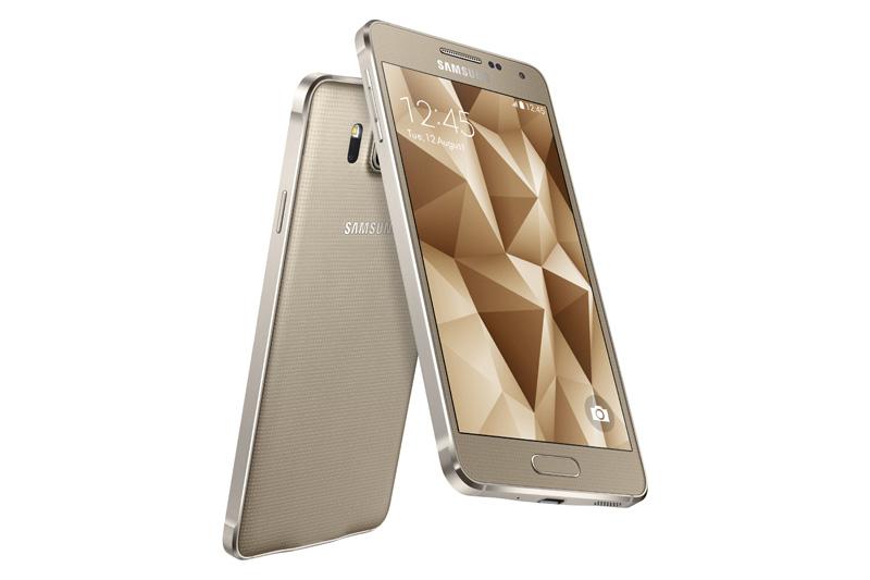 Samsung uudistaa muotoiluaan ja esittelee Galaxy ALPHAn