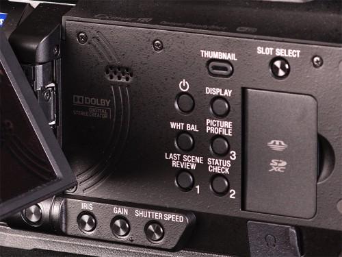Sony PXW-X70 screen open